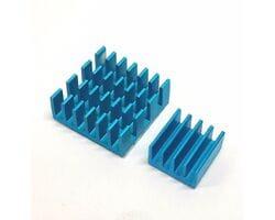 Набор голубых алюминиевых радиаторов на термоскотче